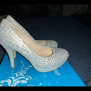 Silver Sparkle Sexy Heels Size 5.5